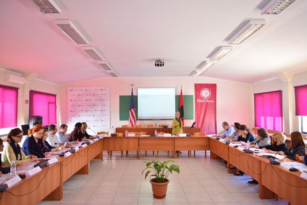 """Seminari dy-ditor mbi """"Aftësitë e Komunikimit dhe Angazhimit me Audiencën"""""""