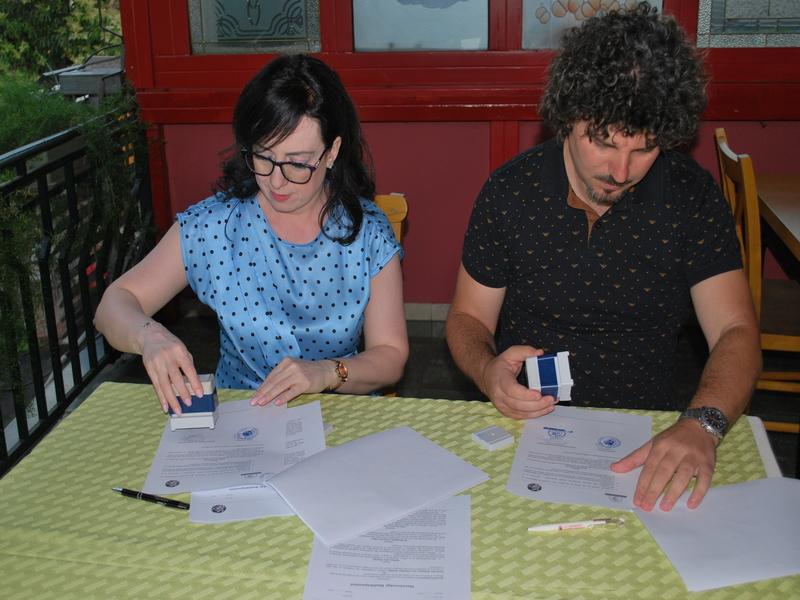 """Instituti Shqiptar i Çështjeve Publike, AIPA, nënshkroi marrëveshjen e bashkëpunimit me Qendrën """"Hapësirë"""""""