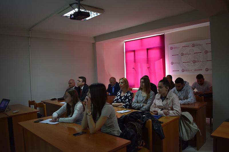 Shkrimi dhe Arsyetimi Ligjor, si element përcaktues në prezantimin e juristit