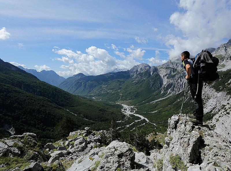 """Kërkohen ekspertë të turizmit të aventurës për projektin """" Via Dinarica White"""
