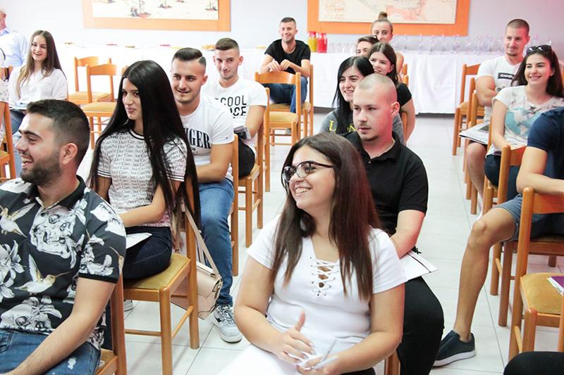 Dita e prezantimit me studentët e rinj